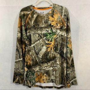Realtree Long Sleeve Camouflage  Shirt Size M